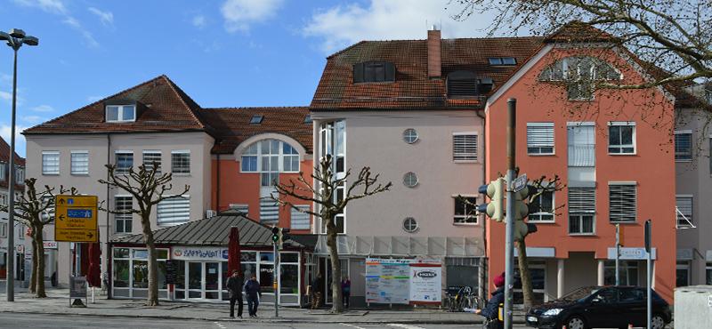Das Gebäude der Kinderarztpraxis Dr. Renner in Deggendorf